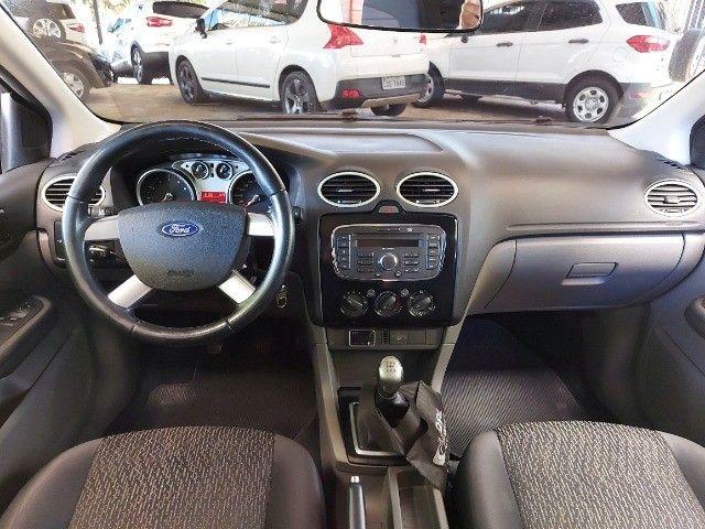 Ford Focus 1.6  - Foto 6