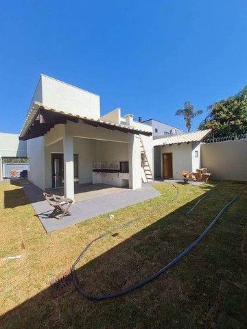 Lindíssima Casa Nova com Amplo Terreno  Bairro Seminário - Campo Grande - MS - Foto 3
