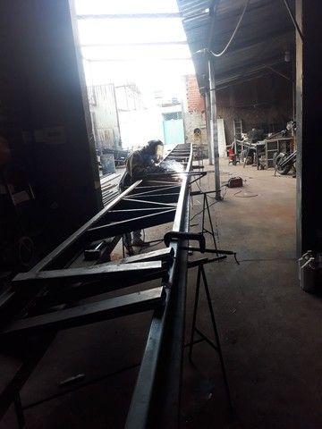 Fabricação de tesouras e estruturas de Galpões  - Foto 2