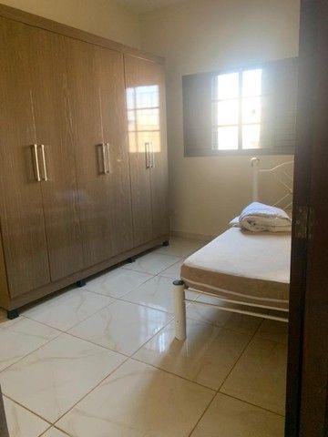 Alugo casa Mobiliada no Bairro Rita Vieira - localização privilegiada - Foto 11