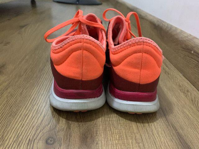 Tênis Nike Free 3.0 feminino pouco uso  - Foto 3