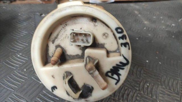 Bomba de combustível BMW 330 E46 - Foto 2