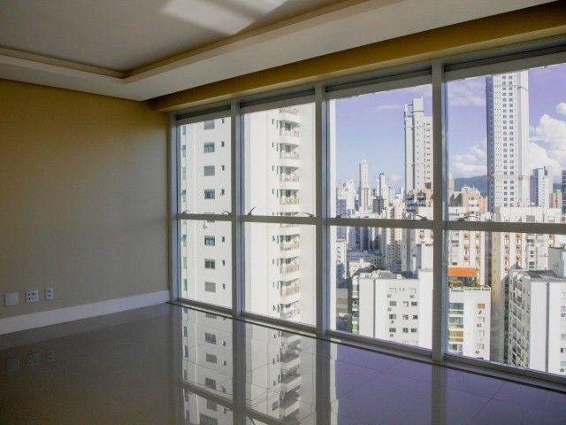 Apartamento de Alto Padrão na Avenida Brasil! 4 Dormitórios (sendo 2 Suítes)- 2 Vagas  - Foto 5