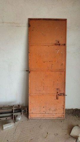 Porta de ferro  0,78x2.10