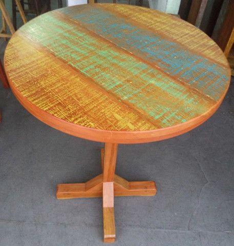 mesa alta bistro com 3 banquetas em madeira de demolição. - Foto 2