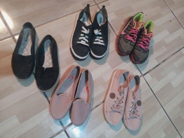 Vendo lote de calçados femininos!! Em ótimo estado - Foto 6
