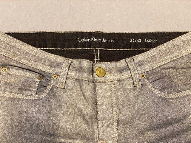 Calça Calvin Klein - Foto 2