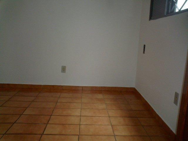 Aluga-se Casa prox. IFMT - Foto 8