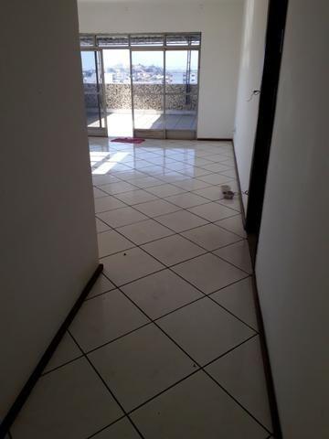 Largo Bicão Cobertura Linear terração em L salão 3 quartos (2 suites) garagem