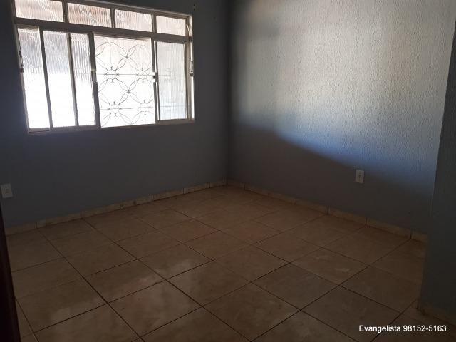 Urgente Linda Casa de 3 Quartos Escriturada + Barraco de Fundo - Foto 15