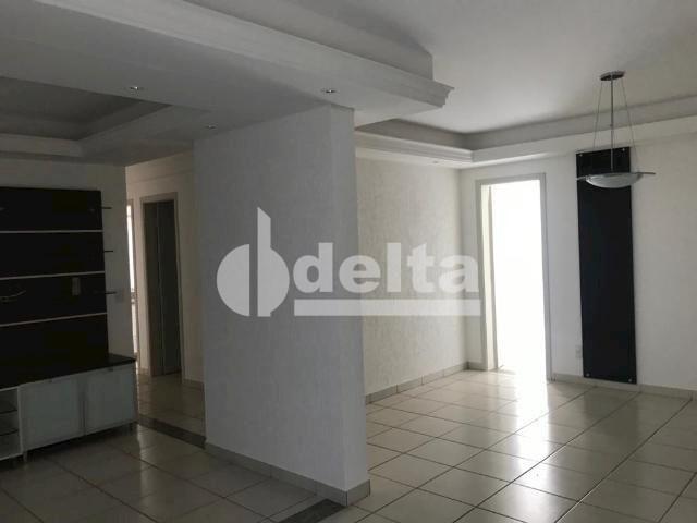 Apartamento para alugar com 3 dormitórios em Saraiva, Uberlândia cod:606262 - Foto 7