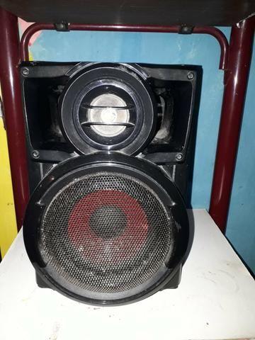 Vendo um mini hi-fi system LG ( para retirada de peças) - Foto 3
