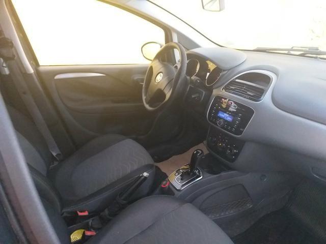 Punto 1.6 automático 2013 o mais Novo de sergipe - Foto 9