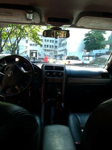 Vendo Nissan Xterra 2.8 SE 05/06 completa! - Foto 3