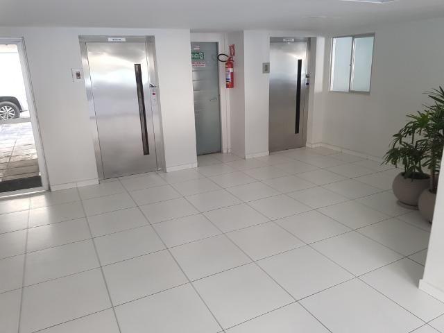 Apartamento com 3/4, 2 banheiros varada área de 70 m2, 8º andar - Jatiúca - Foto 17