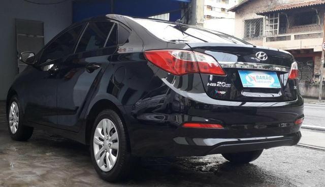 Hyundai HB20S 1.6 Comf Ano: 2017 - Foto 5