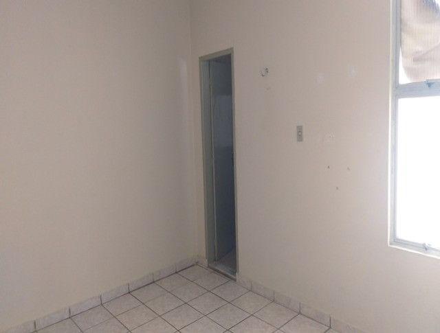 Aluga-se Apartamento de um quarto semi mobile - Foto 6