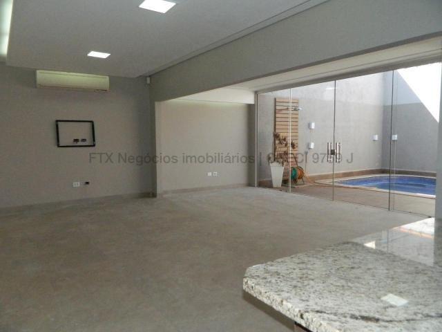 Casa moderna com sala ampla - Foto 14
