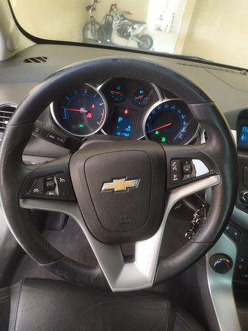 Chevrolet Cruze - Foto 5