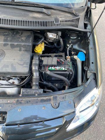 Fox 2005 motor 1.0 com ar e direção carro extra de verdade!! - Foto 17