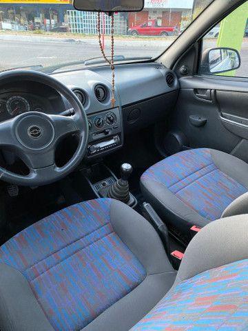 Celta 2011 motor 1.0 completo - direção carro extra dos extras!! - Foto 13
