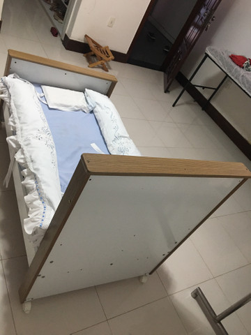 Berço (mini cama) + colchão - Foto 6