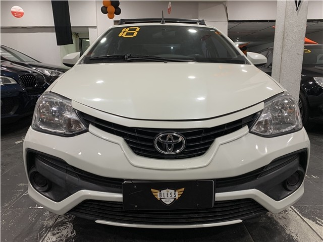 Toyota Etios 2018 1.5 xs sedan 16v flex 4p manual - Foto 3