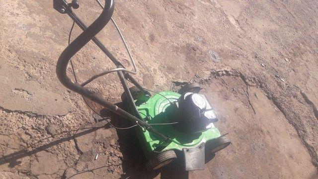Cortador grama gasolina trapp revisado só no ponto de trabalhar.