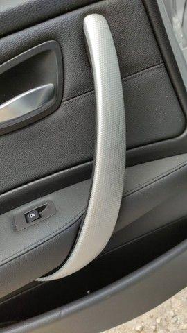 Kit aplique puxador BMW 130i 3.0 2011 aço escovado  - Foto 4