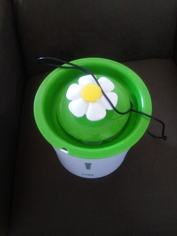 Bebedouro fonte 127 modelo flor