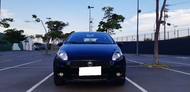 Fiat Punto 1.4 2013 - Foto 9