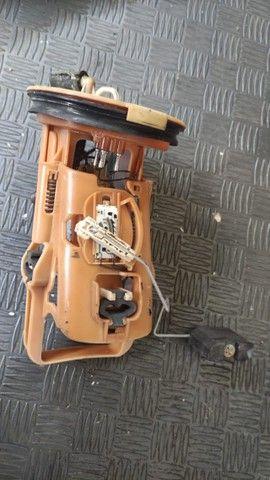 Bomba de combustível BMW 330 E46