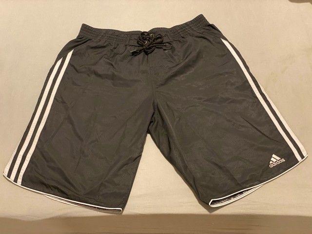 Short Adidas.