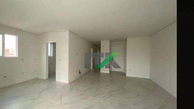 Apartamento com 3 dormitórios à venda, 121 m² por R$ 1.690.000,00 - Centro - Balneário Cam