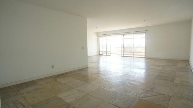 Apartamento 4 quartos. Código 963