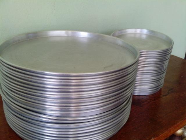 Formas para pizza em alumínio