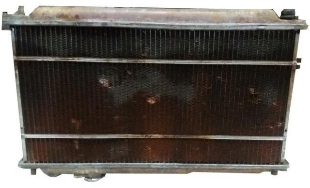 Radiador Defletor Ventoinha Kia Carens 2001 - Foto 3
