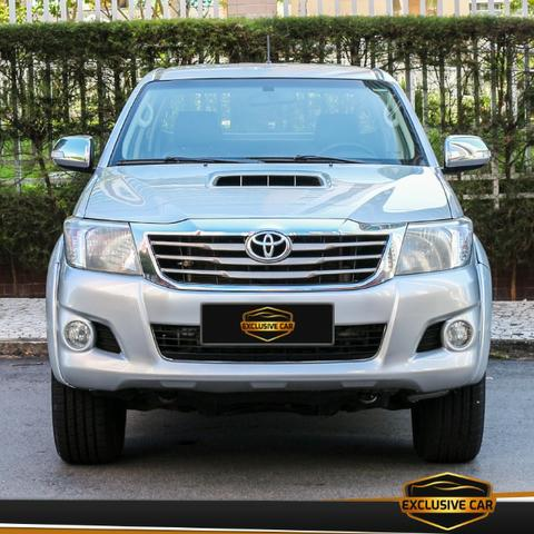 Toyota Hilux 3.0 Srv 4x4 Turbo Diesel 2013 - Foto 2