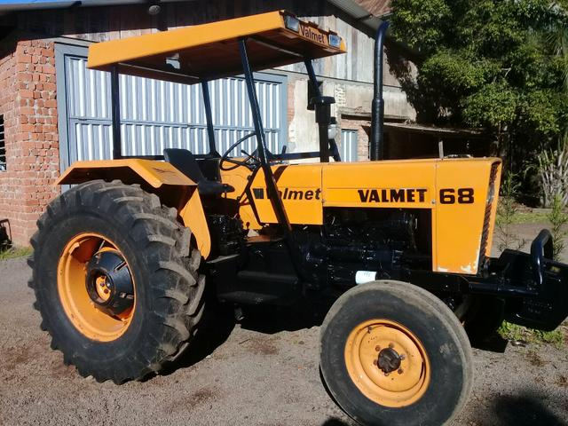 Trator Valtra 68