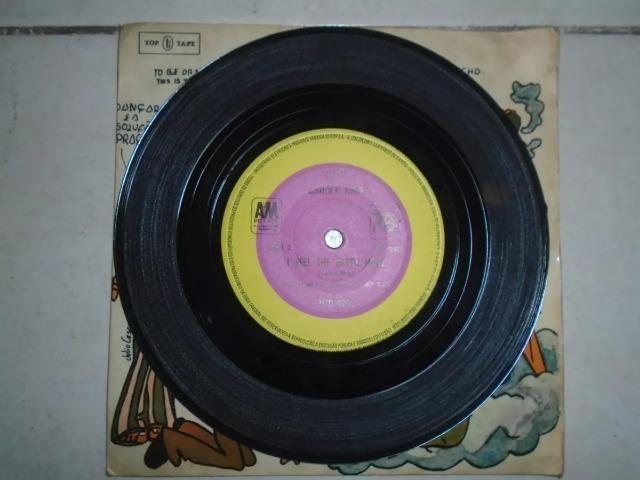 Disco Compacto De Vinil Da Cantora Carole King De 1975