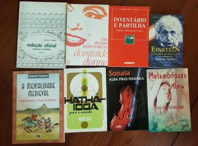 Livros (8)-Einstein, Hatha Yoga, Redação Oficial, Imventário e Partilha,