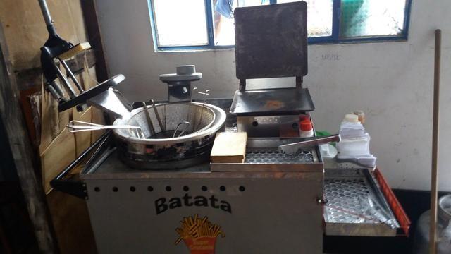 2 carrocinhas + utensílios e embalagens por R$1.000