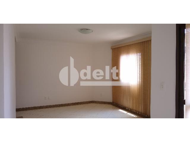 Apartamento para alugar com 3 dormitórios em Saraiva, Uberlândia cod:605513 - Foto 3