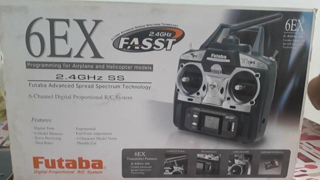 Controle futaba 6EX canais 2.4Ghz - Foto 4