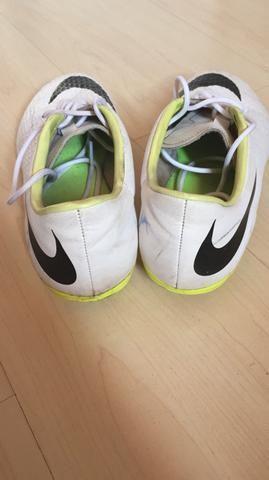 Chuteira Nike hypervenom - Esportes e ginástica - Jaraguá ccb9277b3afb5