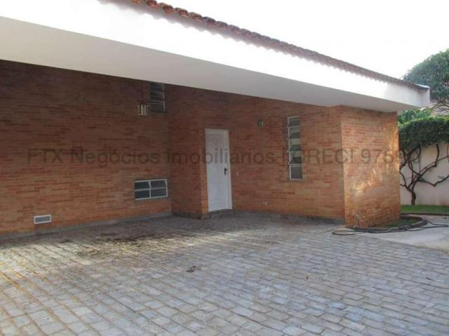 Casa Excelente de Esquina com Terreno 720m² na Rua da Paz - Foto 5