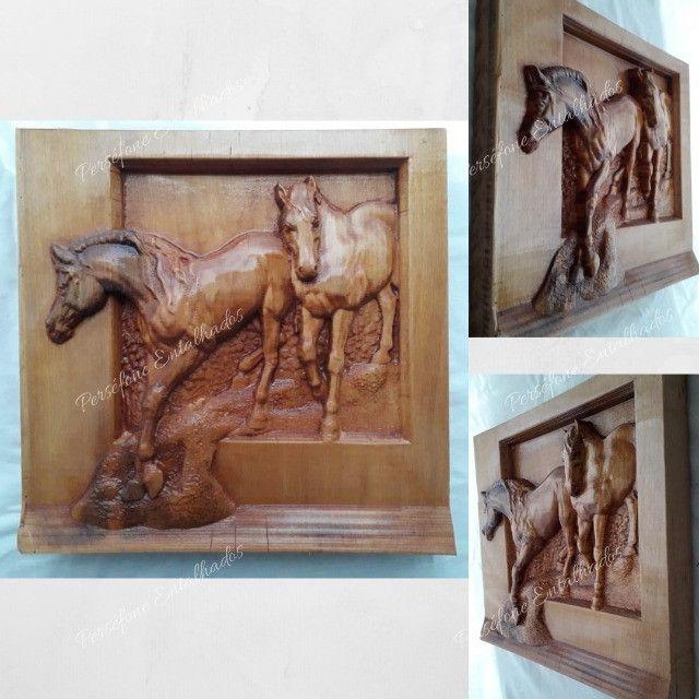 Cavalo Entalhado em madeira nobre