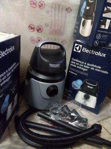 Aspidor de água e pó Electrolux. 1250w de potência. Novos na caixa - Foto 4