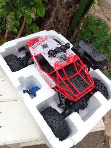 Carro de controle Tração 4X4 Bateria Recarregável - Foto 4