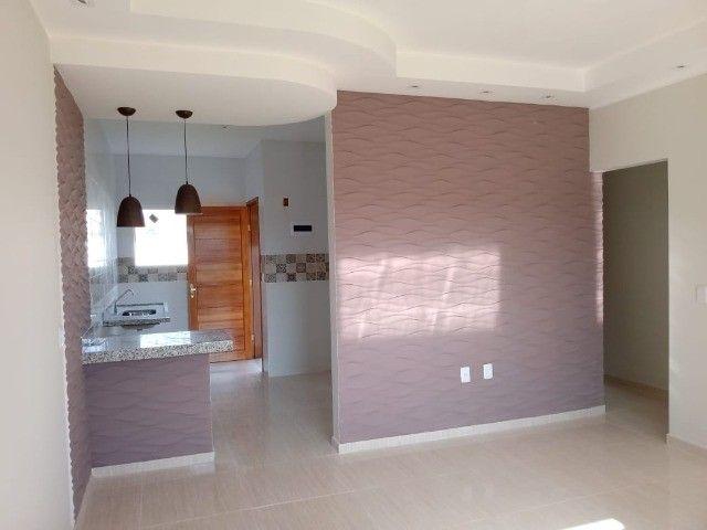 Maravilhosa casa em Itaipuaçú com uma excelente sala de estar!!!  - Foto 9